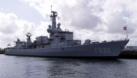 "Multipurpose fregat ""Hr.Ms. Van Nes (F833)"""